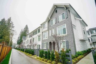 Main Photo: 16 8130 136A Street in Surrey: Bear Creek Green Timbers Townhouse for sale : MLS® # R2228982