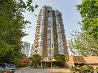 Main Photo: 1502 5967 WILSON Avenue in Burnaby: Metrotown Condo for sale (Burnaby South)  : MLS®# R2297577
