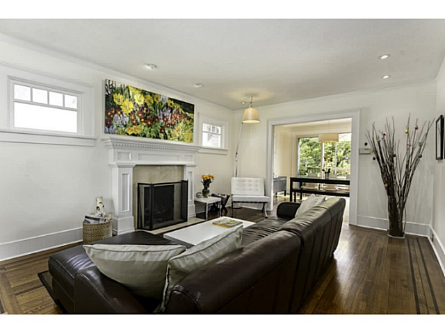 Photo 4: 2626 W 13TH Avenue in Vancouver: Kitsilano House for sale (Vancouver West)  : MLS(r) # V1063473
