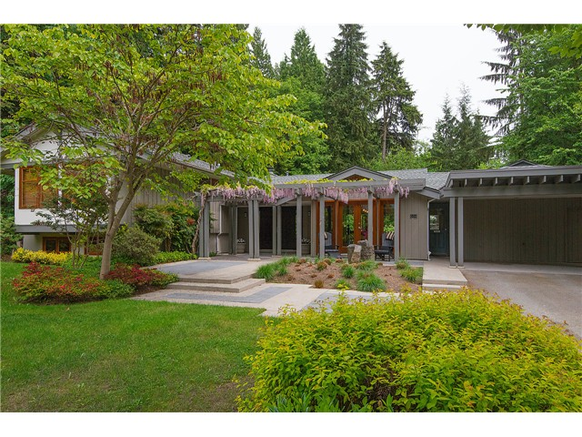 FEATURED LISTING: 604 THE DEL North Vancouver