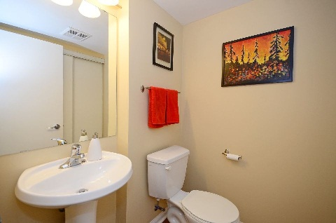 Photo 9: 35 60 Joe Shuster Way in Toronto: South Parkdale Condo for sale (Toronto W01)  : MLS(r) # W3024534