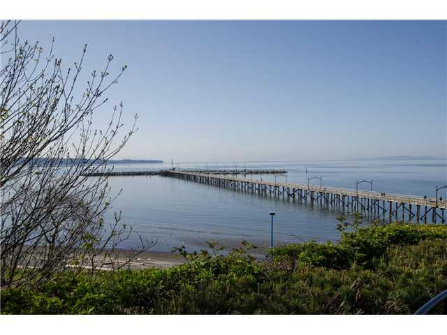 "Main Photo: 15085 MARINE Drive: White Rock House for sale in ""Semi waterfront across from beach"" (South Surrey White Rock)  : MLS® # F1435114"