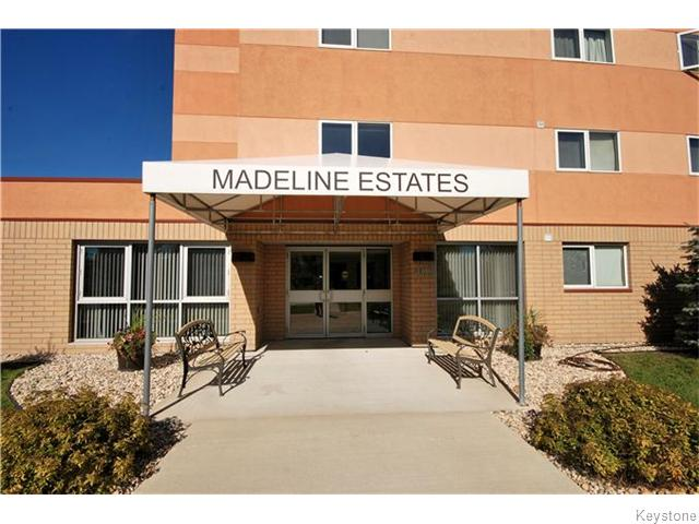 Main Photo: 403 Regent Avenue in WINNIPEG: Transcona Condominium for sale (North East Winnipeg)  : MLS®# 1526649