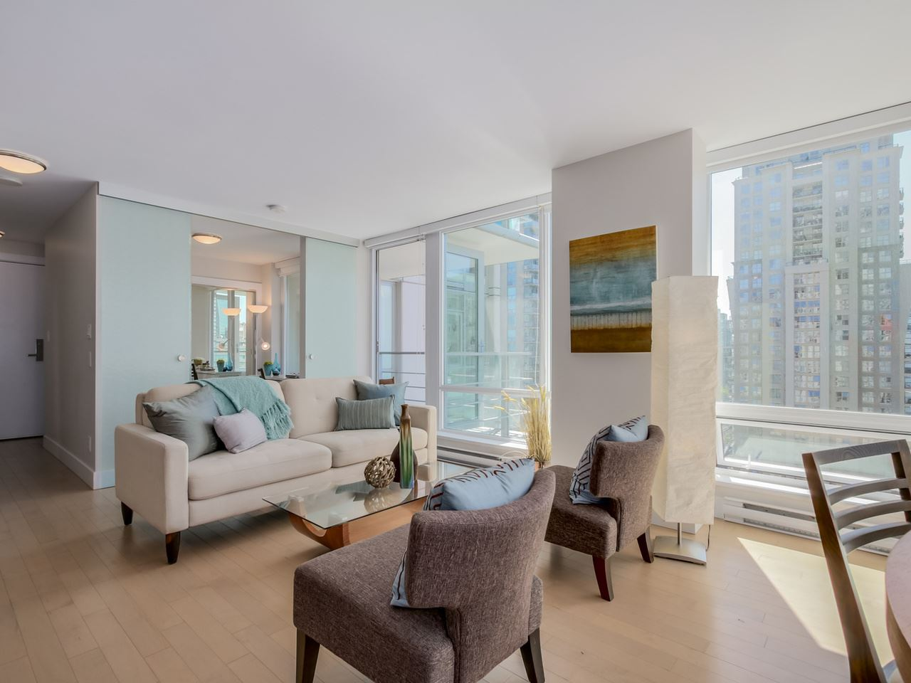 "Main Photo: 1507 535 SMITHE Street in Vancouver: Downtown VW Condo for sale in ""DOLCE AT SYMPHONY PLACE"" (Vancouver West)  : MLS®# R2065193"