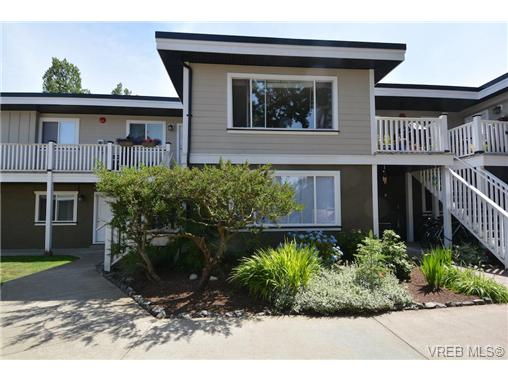 Main Photo: 107 636 Granderson Road in VICTORIA: La Fairway Condo Apartment for sale (Langford)  : MLS(r) # 367274