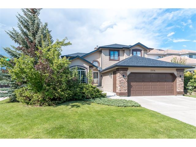 Main Photo: 204 WOODPARK Bay SW in Calgary: Woodlands House for sale : MLS(r) # C4075580
