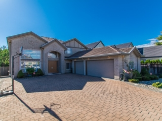 Main Photo: 9933 GILHURST Crescent in Richmond: Broadmoor House for sale : MLS® # R2114182
