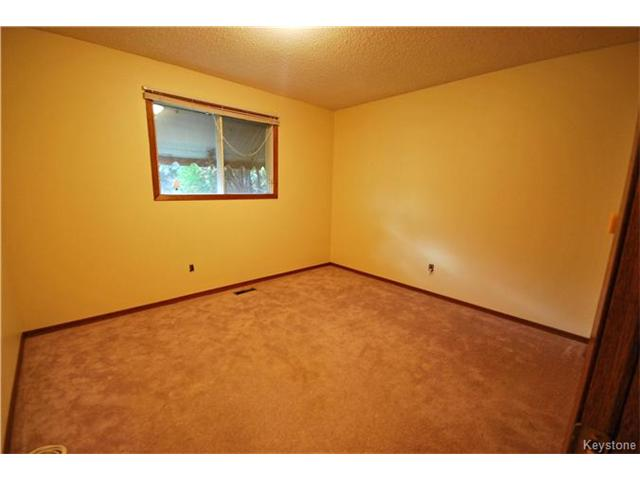 Photo 11: 485 Addis Avenue in Winnipeg: West St Paul Residential for sale (R15)  : MLS(r) # 1626864