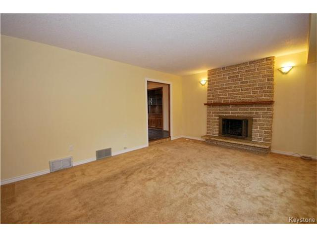 Photo 8: 485 Addis Avenue in Winnipeg: West St Paul Residential for sale (R15)  : MLS(r) # 1626864