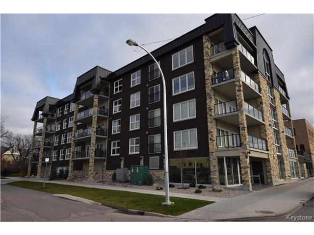 Main Photo: 680 Tache Avenue in Winnipeg: St Boniface Condominium for sale (2A)  : MLS(r) # 1629576