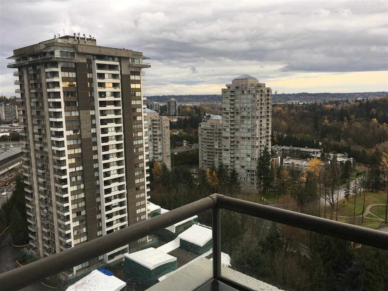 "Photo 4: 1903 3970 CARRIGAN Court in Burnaby: Government Road Condo for sale in ""THE HARRINGTON"" (Burnaby North)  : MLS® # R2125001"