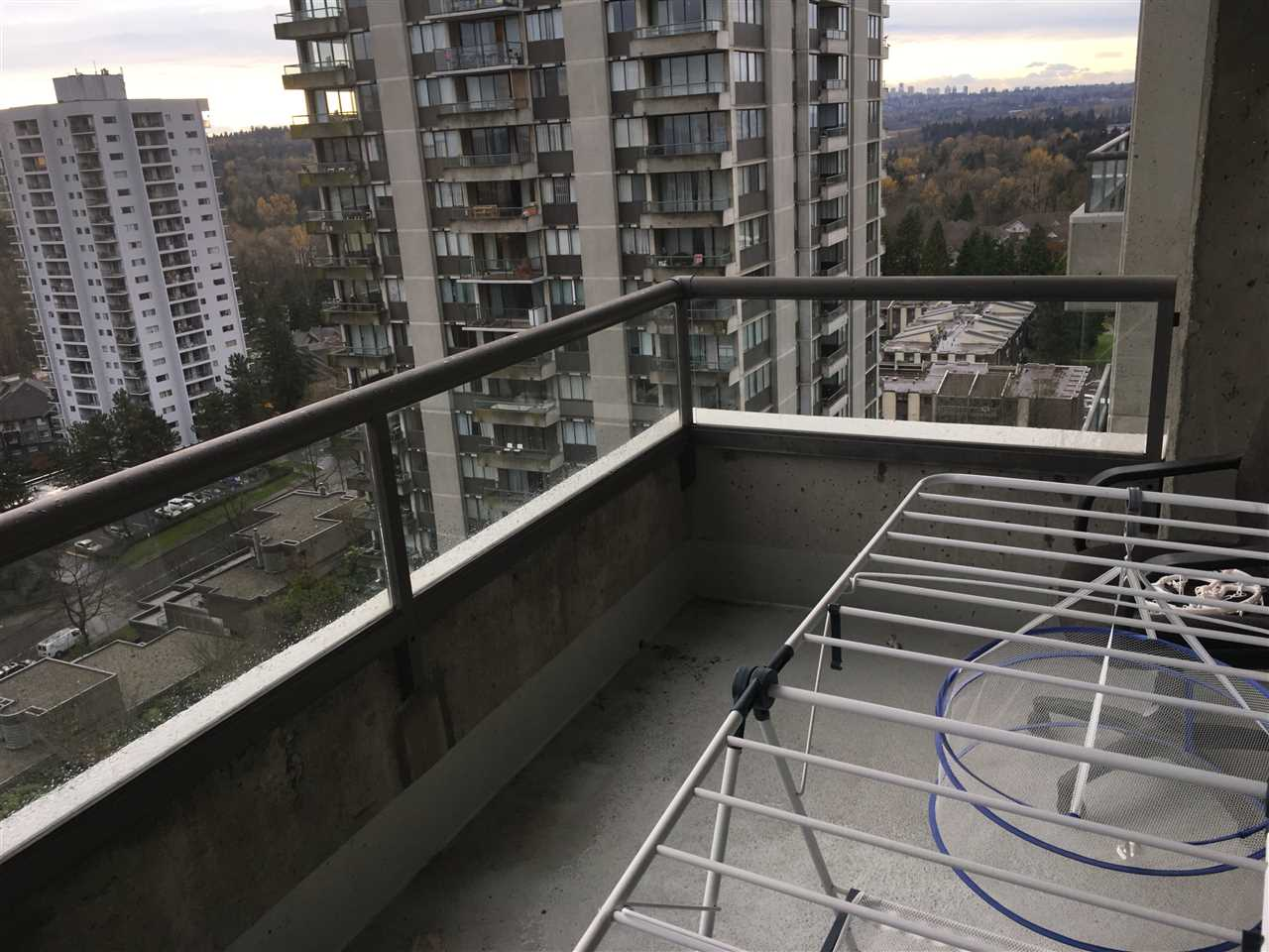 "Photo 5: 1903 3970 CARRIGAN Court in Burnaby: Government Road Condo for sale in ""THE HARRINGTON"" (Burnaby North)  : MLS® # R2125001"
