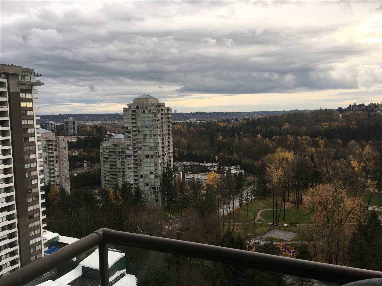 "Photo 3: 1903 3970 CARRIGAN Court in Burnaby: Government Road Condo for sale in ""THE HARRINGTON"" (Burnaby North)  : MLS® # R2125001"