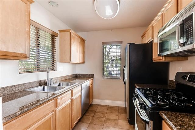 Photo 5: MIRA MESA Condo for rent : 2 bedrooms : 8217 Jade Coast #95 in San Diego