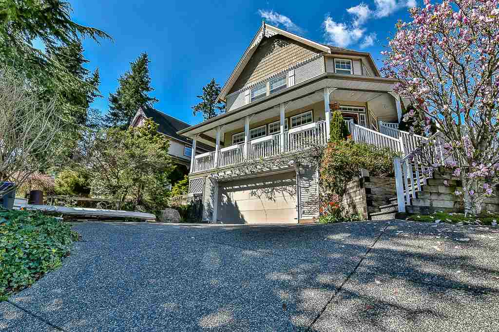 Main Photo: 16721 78 Avenue in Surrey: Fleetwood Tynehead House for sale : MLS®# R2158854