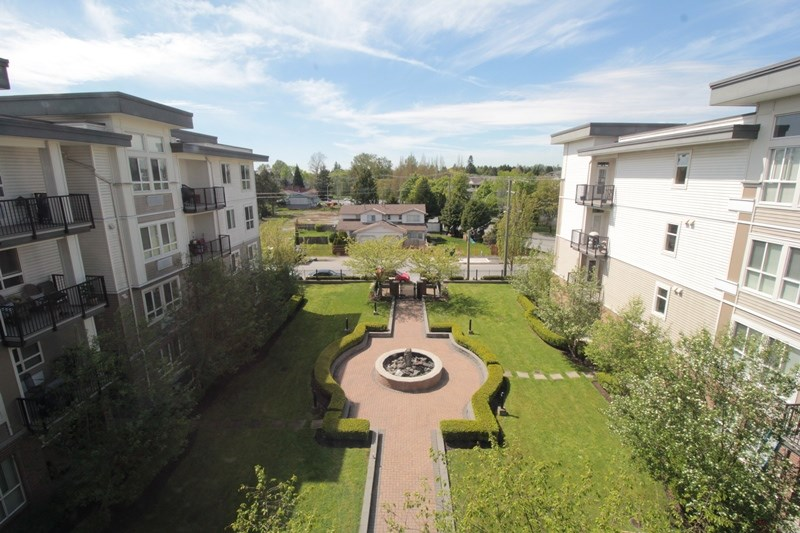 "Photo 13: 403 5430 201 Street in Langley: Langley City Condo for sale in ""Sonnet"" : MLS(r) # R2168694"