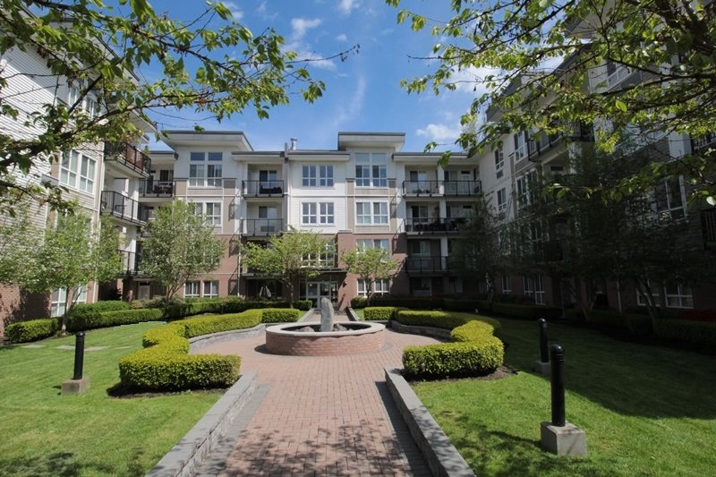 "Main Photo: 403 5430 201 Street in Langley: Langley City Condo for sale in ""Sonnet"" : MLS® # R2168694"