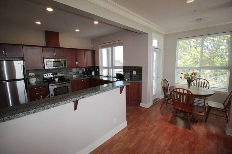 "Photo 6: 403 5430 201 Street in Langley: Langley City Condo for sale in ""Sonnet"" : MLS(r) # R2168694"