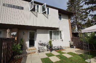 Main Photo: 10 14125 82 Street in Edmonton: Zone 02 Townhouse for sale : MLS(r) # E4066377