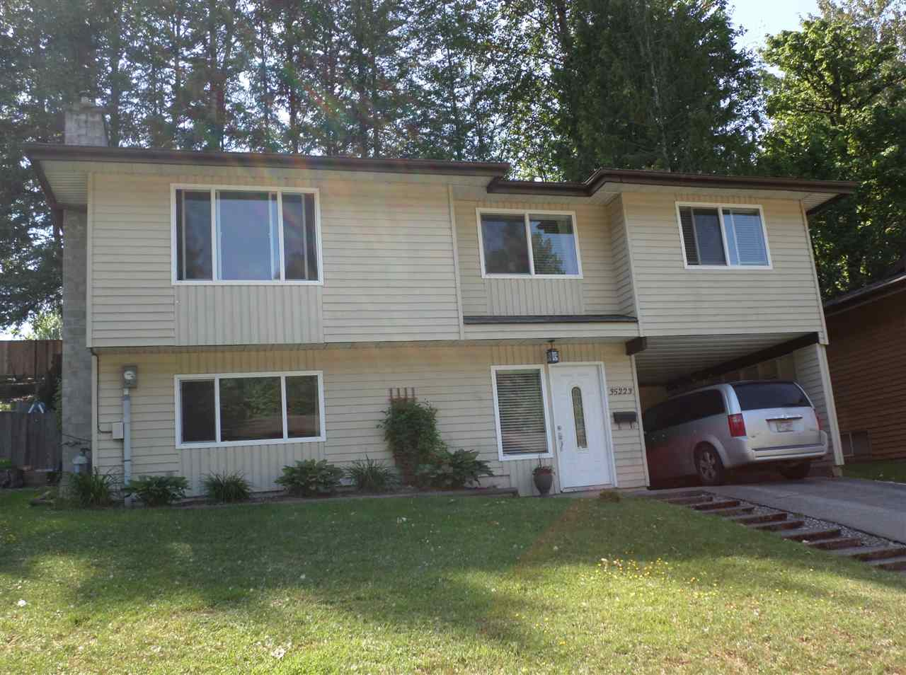 "Main Photo: 35223 MCKEE Road in Abbotsford: Abbotsford East House for sale in ""McKee Road/Ledgeview"" : MLS® # R2171421"