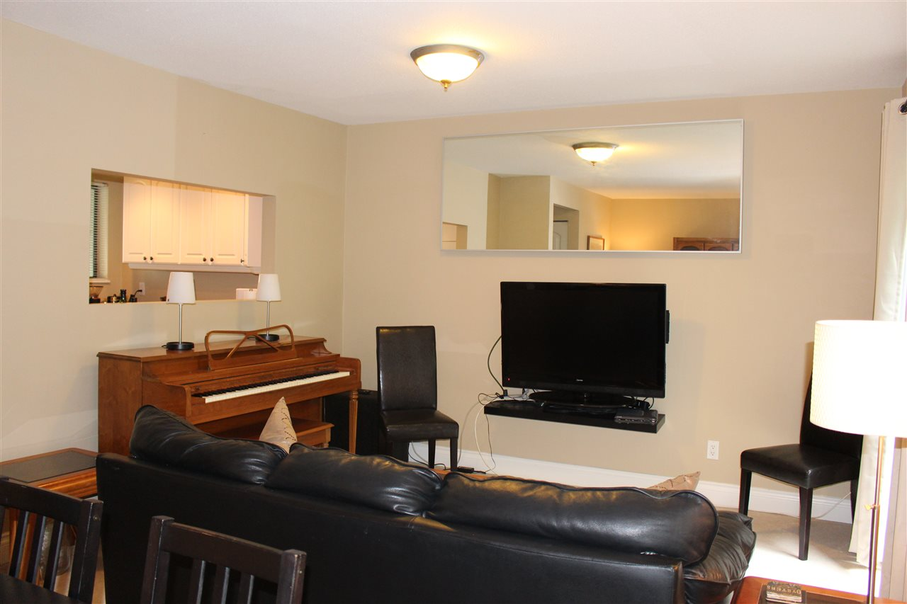 "Photo 8: 839 ALEXANDER Bay in Port Moody: North Shore Pt Moody Townhouse for sale in ""WOODSIDE VILLAGE"" : MLS® # R2172348"
