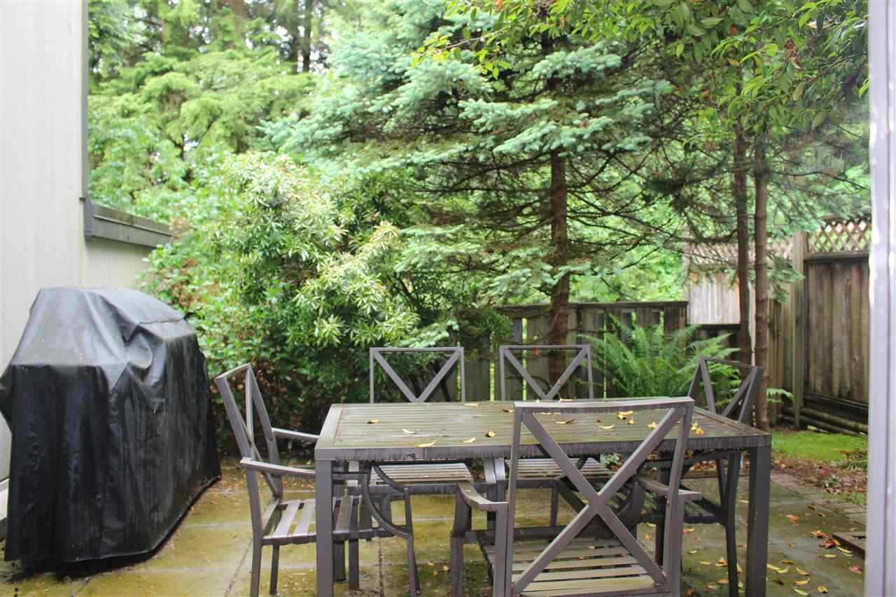 "Photo 18: 839 ALEXANDER Bay in Port Moody: North Shore Pt Moody Townhouse for sale in ""WOODSIDE VILLAGE"" : MLS® # R2172348"