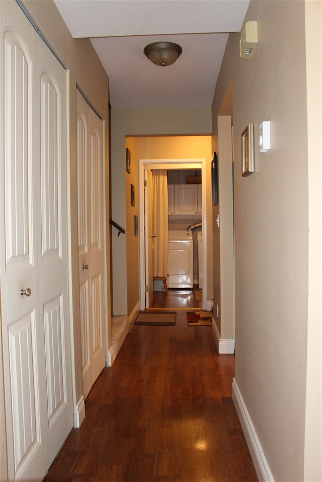 "Photo 15: 839 ALEXANDER Bay in Port Moody: North Shore Pt Moody Townhouse for sale in ""WOODSIDE VILLAGE"" : MLS® # R2172348"