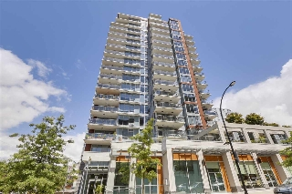 Main Photo: 1402 150 W 15TH Street in North Vancouver: Central Lonsdale Condo for sale : MLS(r) # R2177746
