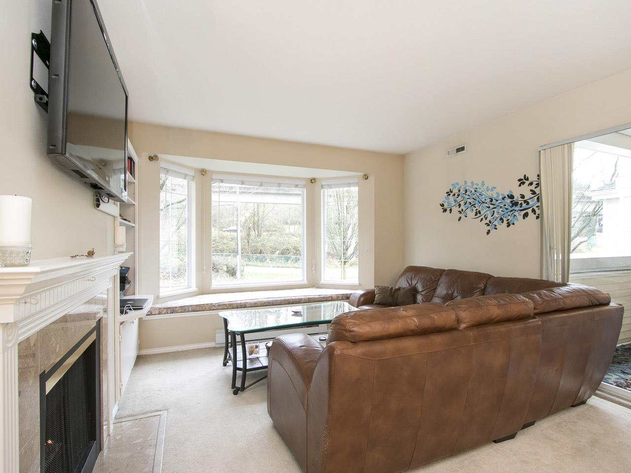 "Main Photo: 306 6820 RUMBLE Street in Burnaby: South Slope Condo for sale in ""GOVERNORS WALK"" (Burnaby South)  : MLS®# R2225298"