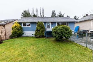 Main Photo: 14566 82A Avenue in Surrey: Bear Creek Green Timbers House for sale : MLS® # R2235655