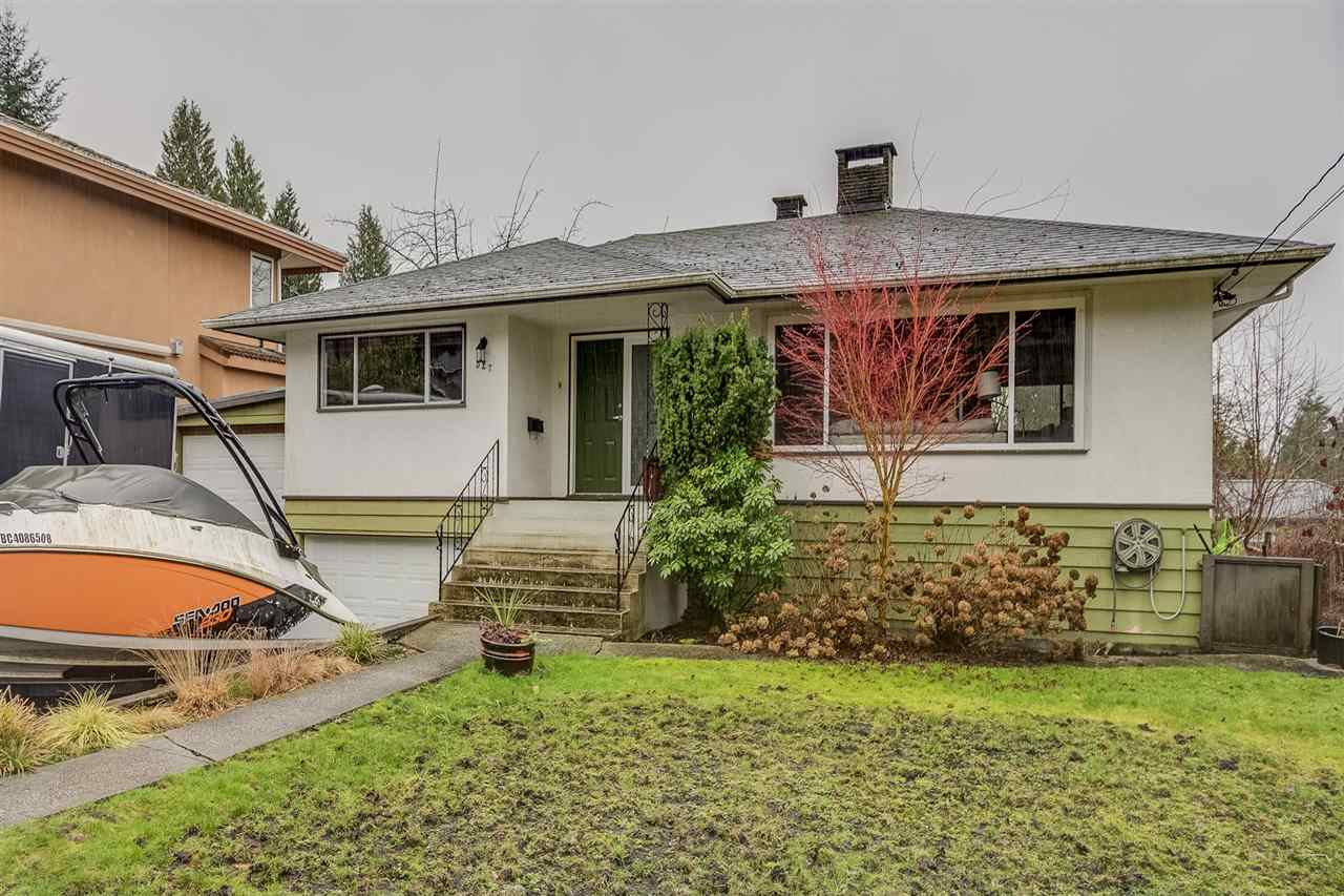 Main Photo: 527 W KINGS Road in North Vancouver: Upper Lonsdale House for sale : MLS® # R2239289