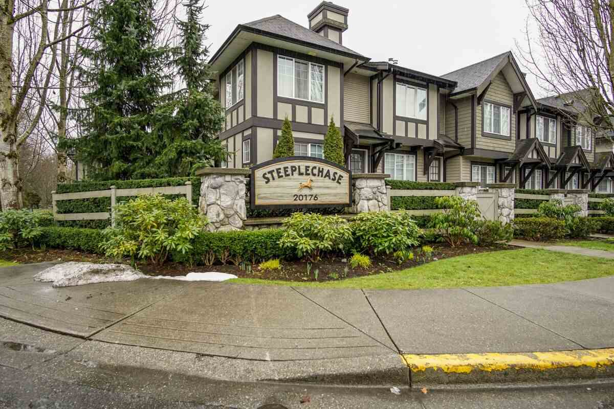 "Main Photo: 16 20176 68 Avenue in Langley: Willoughby Heights Townhouse for sale in ""Steeplechase"" : MLS®# R2246141"
