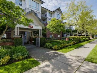 "Main Photo: 110 15188 22 Avenue in Surrey: Sunnyside Park Surrey Condo for sale in ""MUIRFIELD GARDENS"" (South Surrey White Rock)  : MLS®# R2259924"