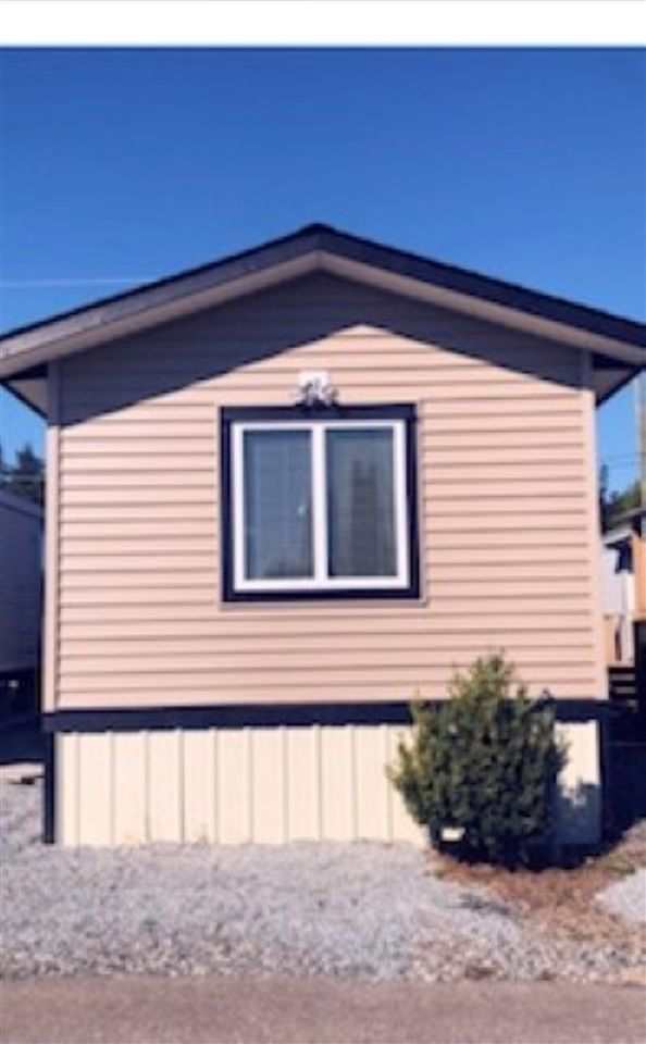 "Main Photo: 3B 26892 FRASER Highway in Langley: Aldergrove Langley Manufactured Home for sale in ""Aldergove Mobile Home Park"" : MLS®# R2300596"