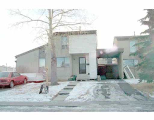 Main Photo:  in : Penbrooke Townhouse for sale (Calgary)  : MLS(r) # C2151117