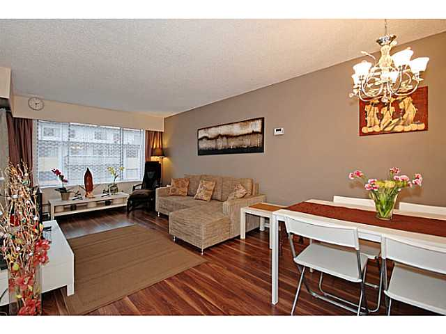 Main Photo: # 206 436 7 ST in New Westminster: Uptown NW Condo for sale : MLS®# V989182