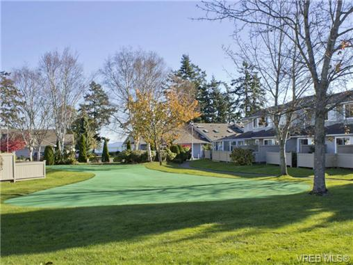 Photo 1: SAANICHTON REAL ESAANICHTON REAL ESTATE = Greater Victoria / Turgoose Home For Sale SOLD With Ann Watley!