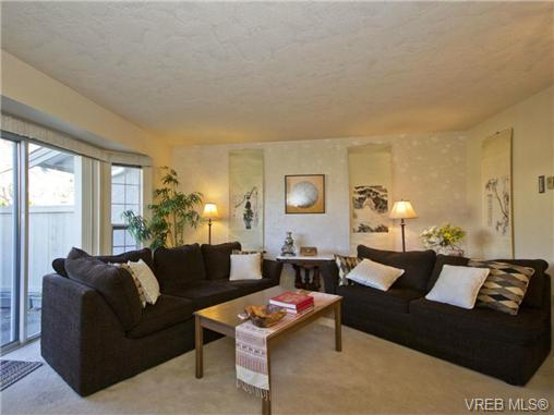Photo 11: SAANICHTON REAL ESAANICHTON REAL ESTATE = Greater Victoria / Turgoose Home For Sale SOLD With Ann Watley!