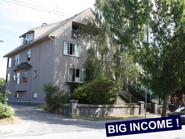 Main Photo: 1727 GRANT Street in Vancouver: Grandview VE House for sale (Vancouver East)  : MLS(r) # V1137964