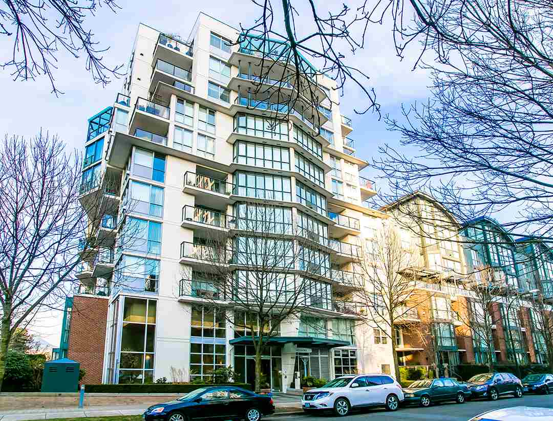 "Main Photo: 802 1425 W 6TH Avenue in Vancouver: Fairview VW Condo for sale in ""Modena at Portico"" (Vancouver West)  : MLS®# R2046104"