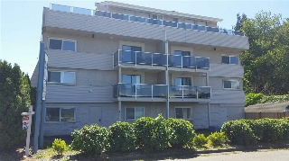 Main Photo: 9 450 ESPLANADE Avenue: Harrison Hot Springs Condo for sale : MLS® # R2068818