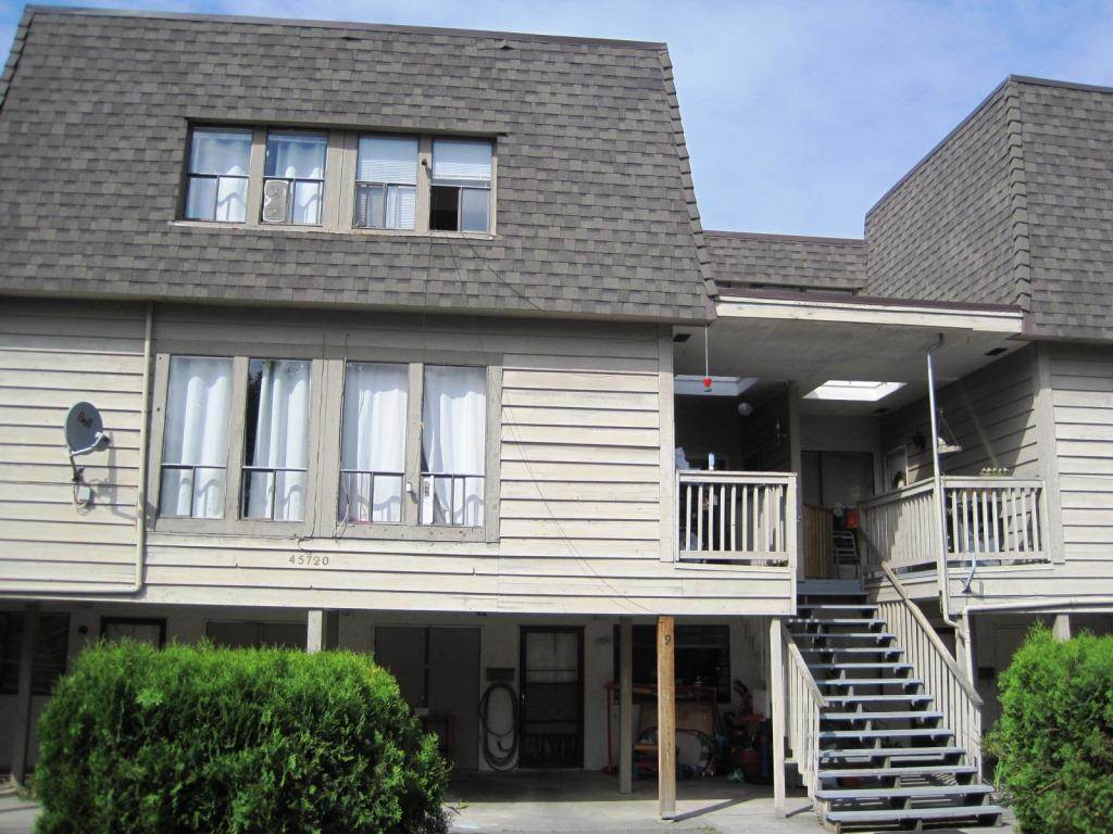 "Main Photo: 9 45720 VICTORIA Street in Chilliwack: Chilliwack N Yale-Well Townhouse for sale in ""Victoria  Meadows"" : MLS®# R2071273"