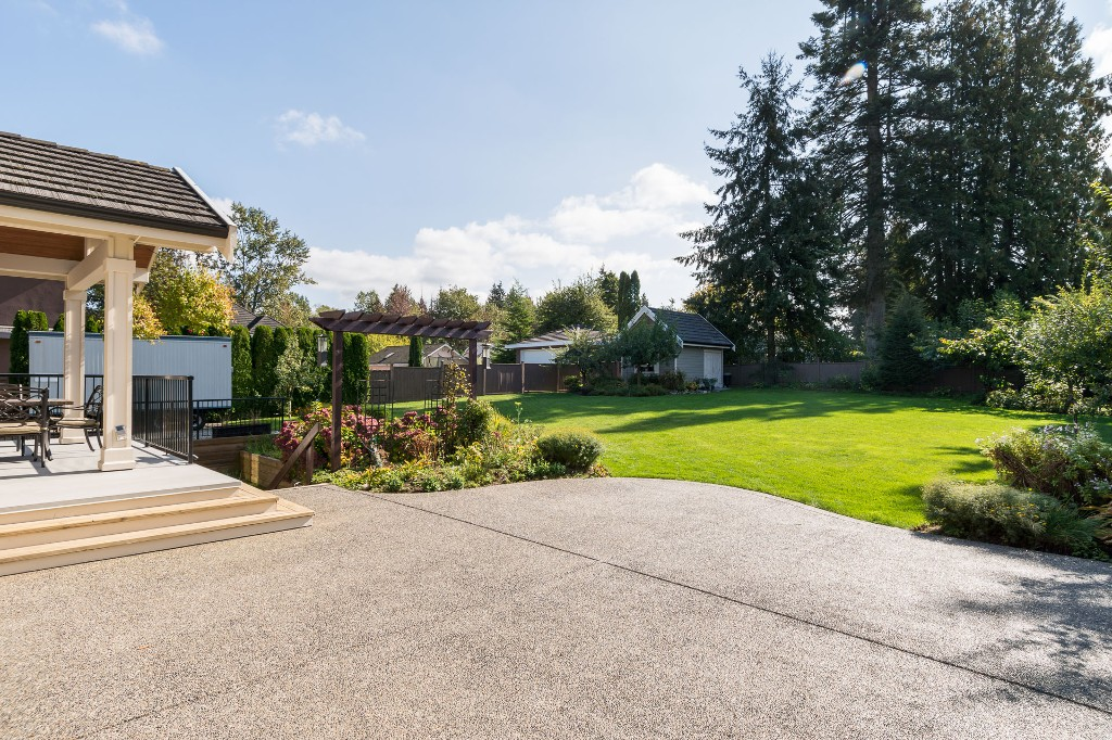 "Photo 67: 15568 59 Avenue in Surrey: Sullivan Station House for sale in ""Sullivan"" : MLS(r) # R2112571"