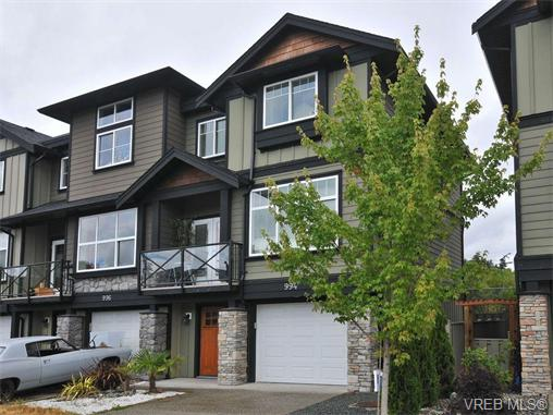 Main Photo: 994 Firehall Creek Road in VICTORIA: La Happy Valley Townhouse for sale (Langford)  : MLS® # 370809