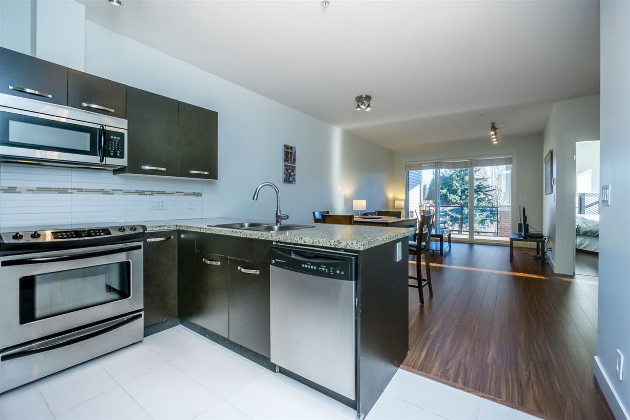 "Photo 2: 309 1975 MCCALLUM Road in Abbotsford: Central Abbotsford Condo for sale in ""The Crossing - Building A"" : MLS® # R2134982"