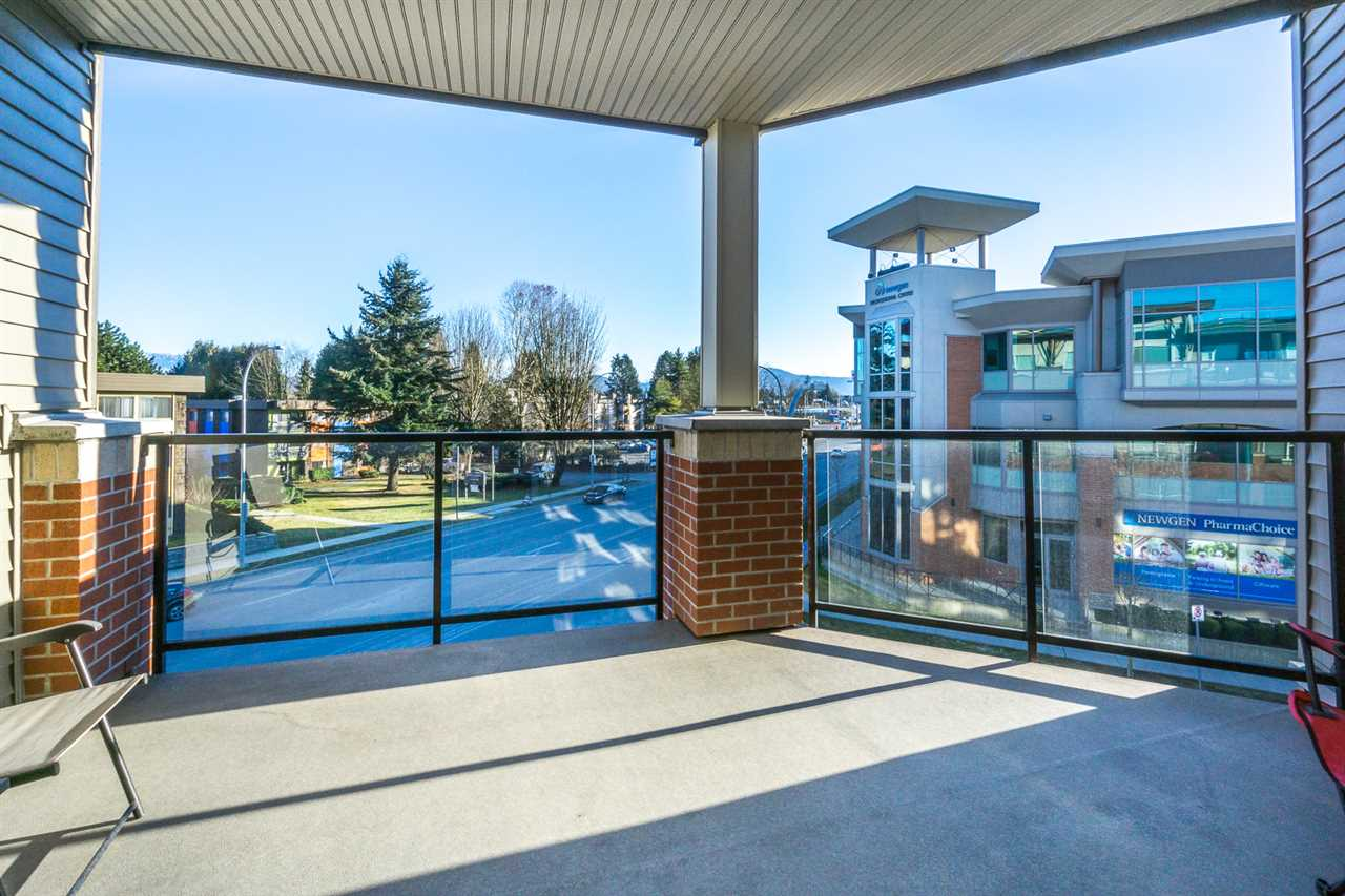 "Photo 15: 309 1975 MCCALLUM Road in Abbotsford: Central Abbotsford Condo for sale in ""The Crossing - Building A"" : MLS® # R2134982"
