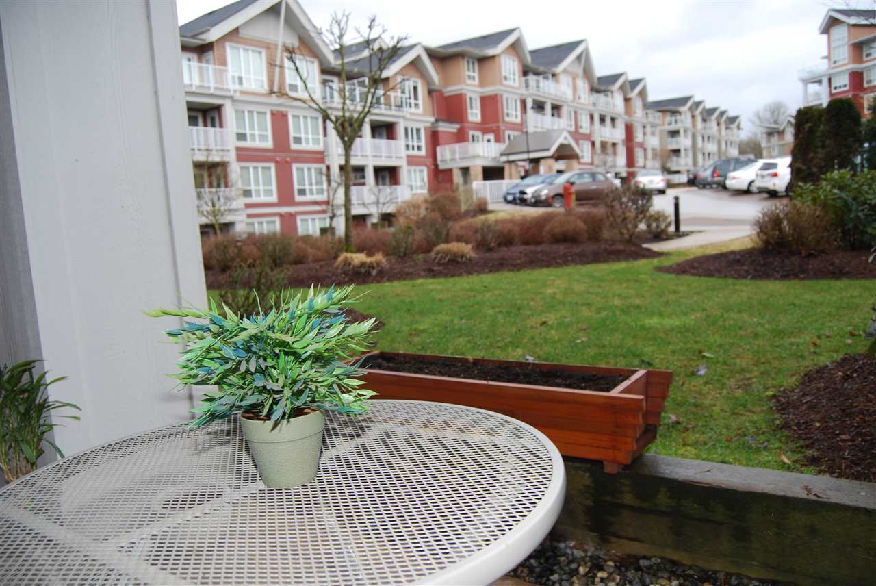 "Photo 10: 106 6450 194 Street in Surrey: Clayton Condo for sale in ""WATERSTONE"" (Cloverdale)  : MLS® # R2140130"