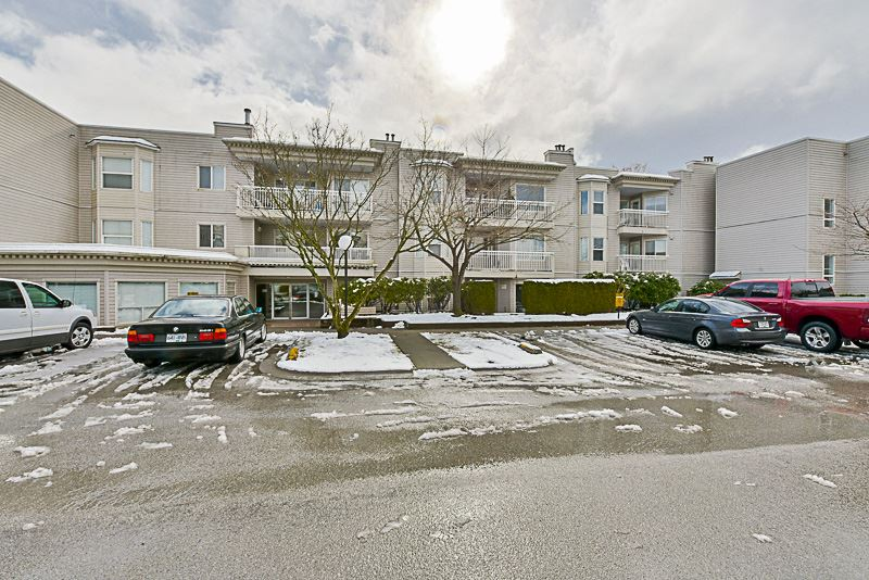 "Main Photo: 204 9942 151 Street in Surrey: Guildford Condo for sale in ""Winchester Place"" (North Surrey)  : MLS® # R2144646"