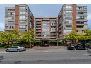 "Main Photo: 505 15111 RUSSELL Avenue: White Rock Condo for sale in ""PACIFIC TERRACE"" (South Surrey White Rock)  : MLS(r) # R2155960"