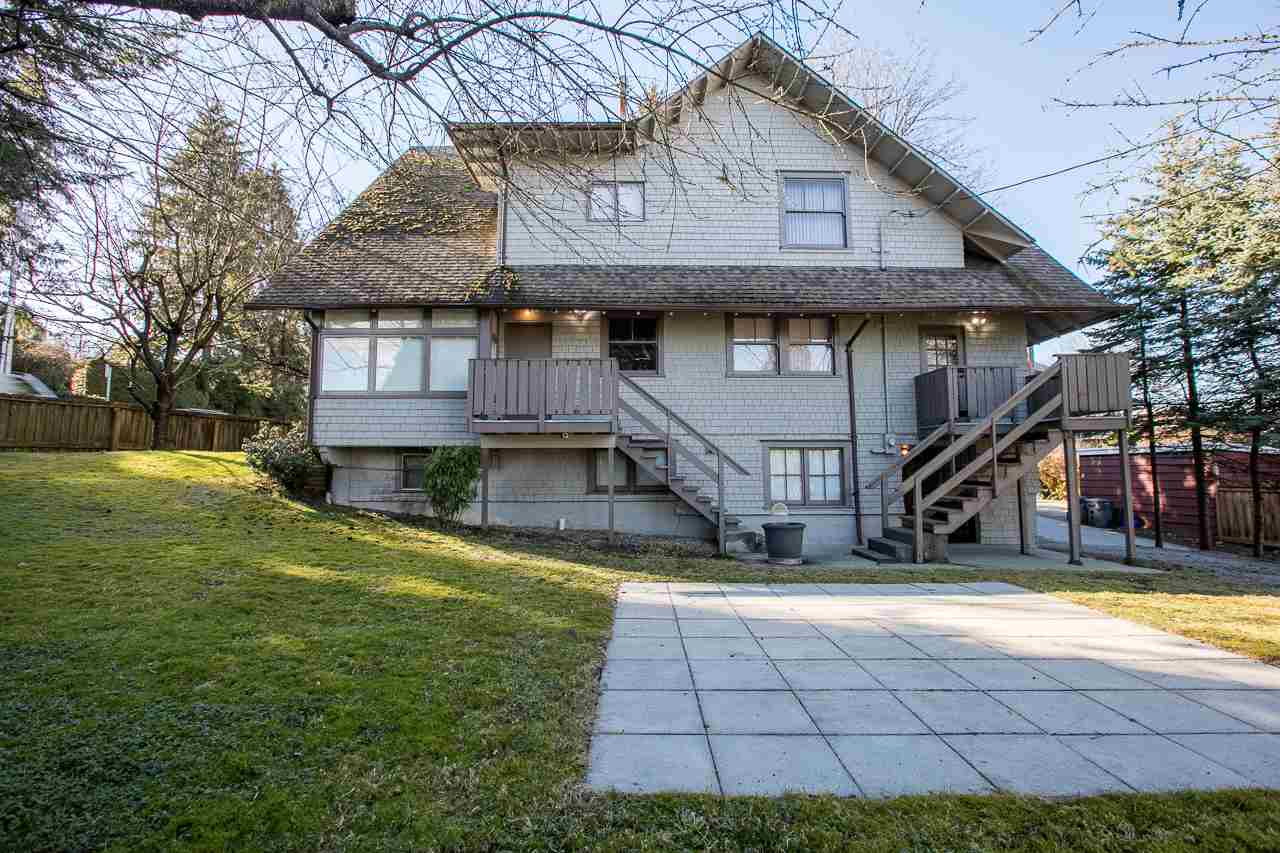 "Photo 6: 1215 W 16TH Avenue in Vancouver: Fairview VW House for sale in ""FAIRVIEW"" (Vancouver West)  : MLS(r) # R2175855"